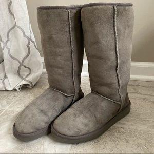 Women's Ugg Boots - Grey